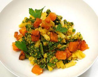 Vegan Pumpkin Macaroni with Kale