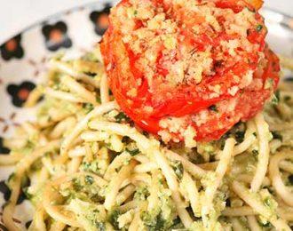 Vegan pesto and spaghetti with roasted tomato